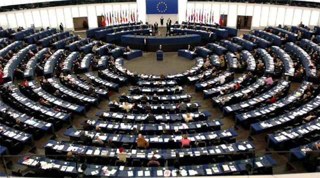 Ευρωπαϊκό Κοινοβούλιο: Υπερψηφίστηκε το ψήφισμα για την αναχαίτιση της ακροδεξιάς