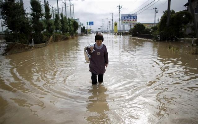 Τουλάχιστον 180 νεκροί από πλημμύρες στη Νότια Ασία