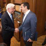 Τσίπρας σε Παυλόπουλο για το Σκοπιανό: Έχουμε συμφωνία (Βίντεο)