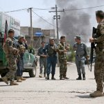 Τουλάχιστον 23 στρατιώτες και 20 αντάρτες σκοτώθηκαν σε επίθεση των Ταλιμπάν στη στρατιωτική βάση Σο...