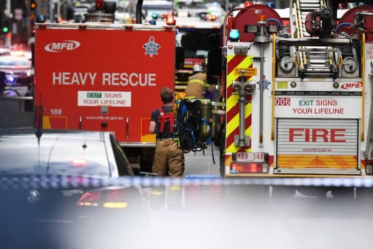 Μελβούρνη: Ένας νεκρός και 2 τραυματίες από επίθεση με μαχαίρι