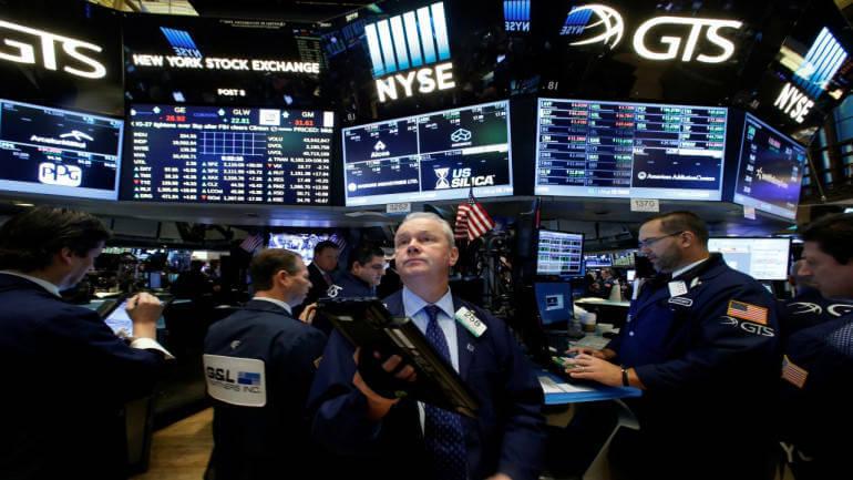 Νέα βουτιά στη Γουόλ Στριτ έπειτα από την πτώση της ισοτιμίας γιουάν-δολαρίου