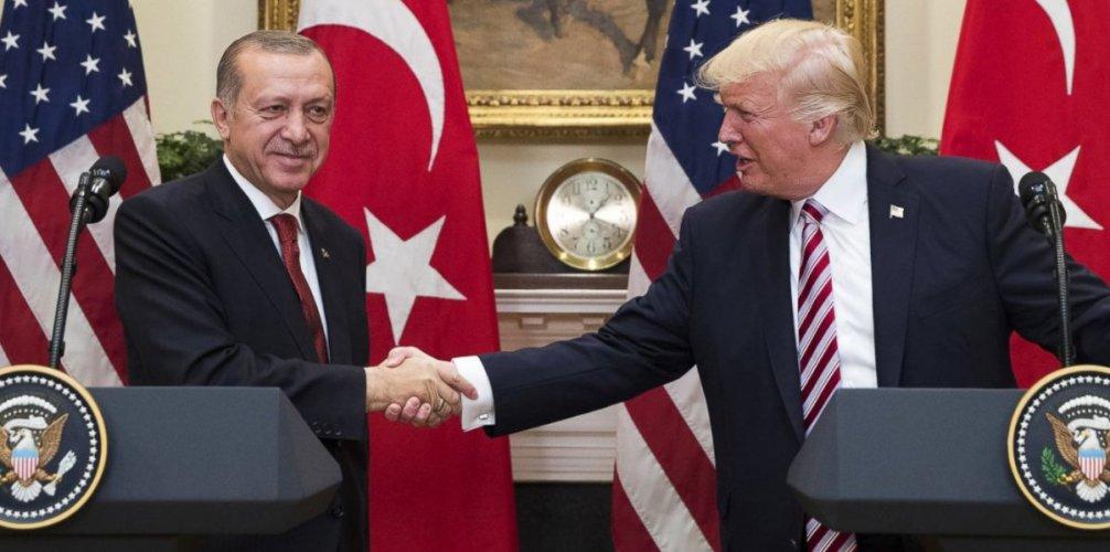 Τηλεφωνική επικοινωνία είχε ο Ντόναλντ Τραμπ με τον Ρετζέπ Ταγίπ Ερντογάν
