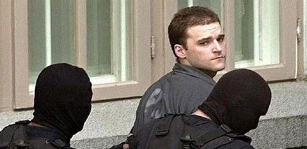 Οι Ρουμάνοι δεν δίνουν τον Πάσσαρη για να δικαστεί και στην Ελλάδα