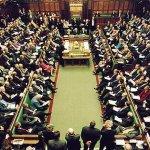 Από την Βουλή των Κοινοτήτων πράσινο φως για να αναλάβουν το Brexit οι βουλευτές