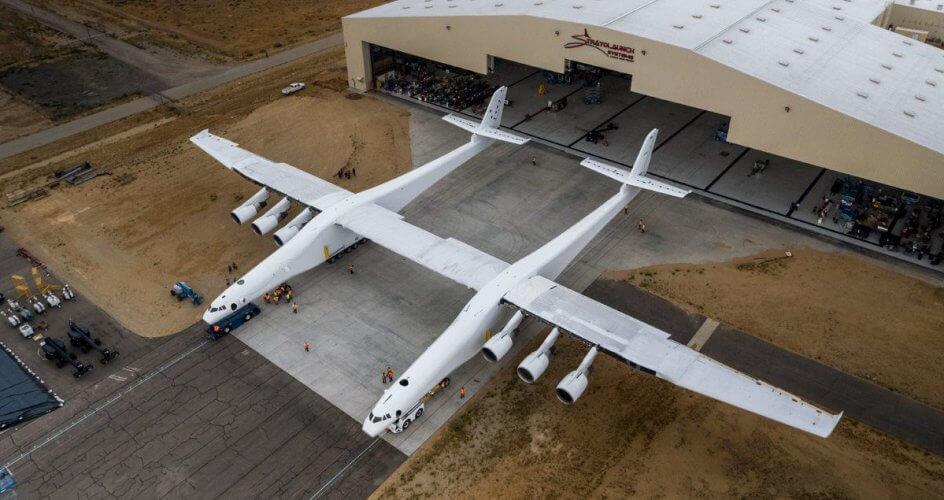 Έτοιμο το μεγαλύτερο και πρώτο αεροπλάνο-πλατφόρμα εκτόξευσης πυραύλων