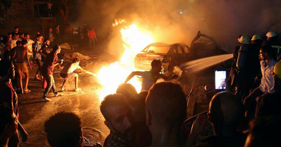 Από σύγκρουση αυτοκινήτων στο κέντρο του Καΐρου 17 νεκροί