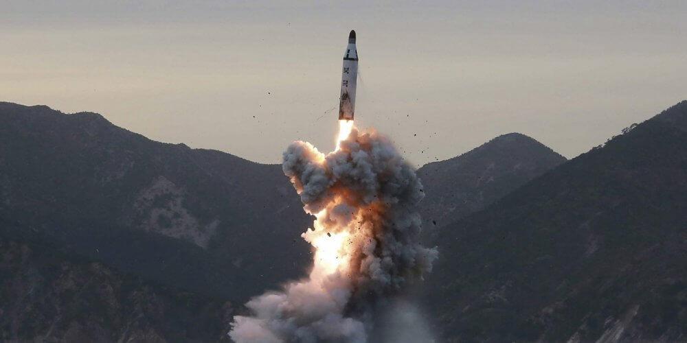 Απειλεί η Κίνα, αν οι ΗΠΑ αναπτύξουν πυραύλους μέσου βεληνεκούς στην περιοχή Ασίας-Ειρηνικού