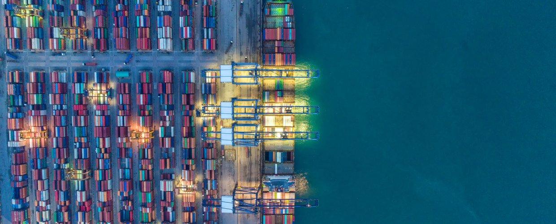 Αποχωρεί από τη ναυτιλιακή χρηματοδότηση η γερμανική τράπεζα DVB
