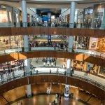 Κορωνοϊός: Αυξάνονται τα κρούσματα στο Ντουμπάι - Αναστέλλεται η διασκέδαση σε ξενοδοχεία και εστιατ...