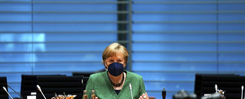 Η Μέρκελ ζητά τερματισμό των επιθέσεων στο Ισραήλ – Καταδίκη αντισημιτικών εκδηλώσεων στη Γερμανία